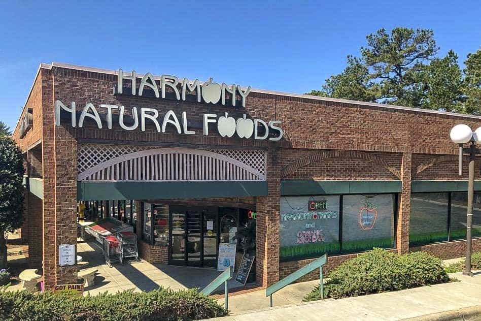 harmony-farms-outside-storefront