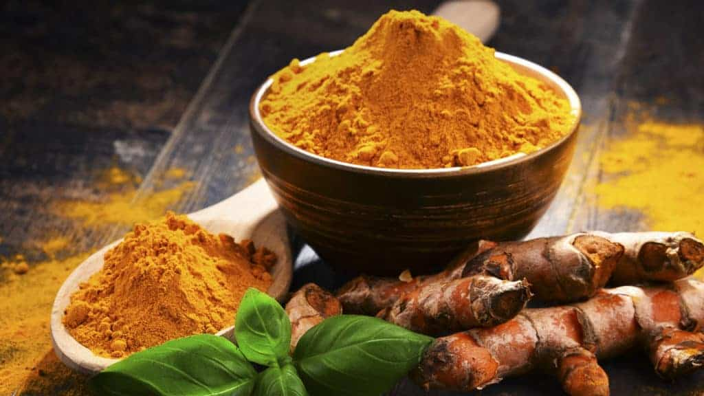 img-curcumin-turmeric-root-and-powder